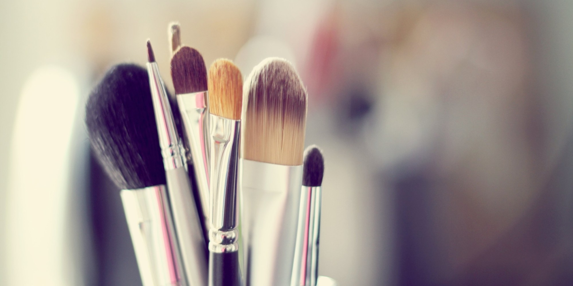 o-makeup-brushes-facebook